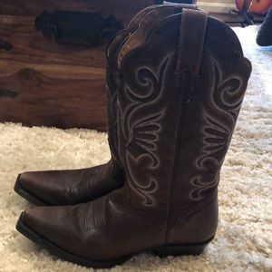 cute good condition cowboy boots (from nashville!)